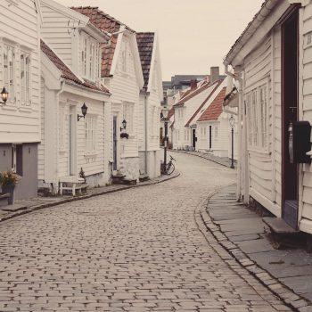 edit-neighborhood-802074_1920